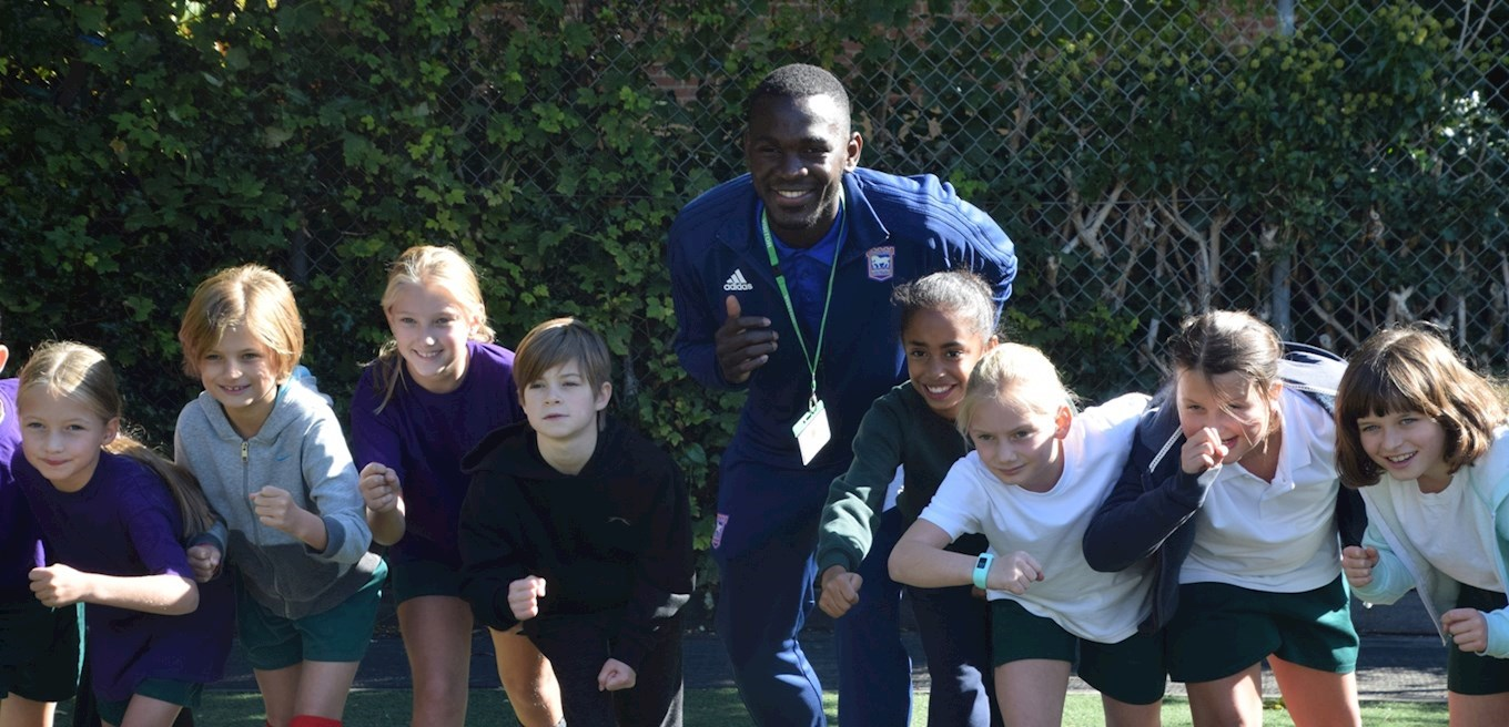 TOTO SHOWS SUPPORT FOR EAST ANGLIAN GO KIDS - News - Ipswich Town