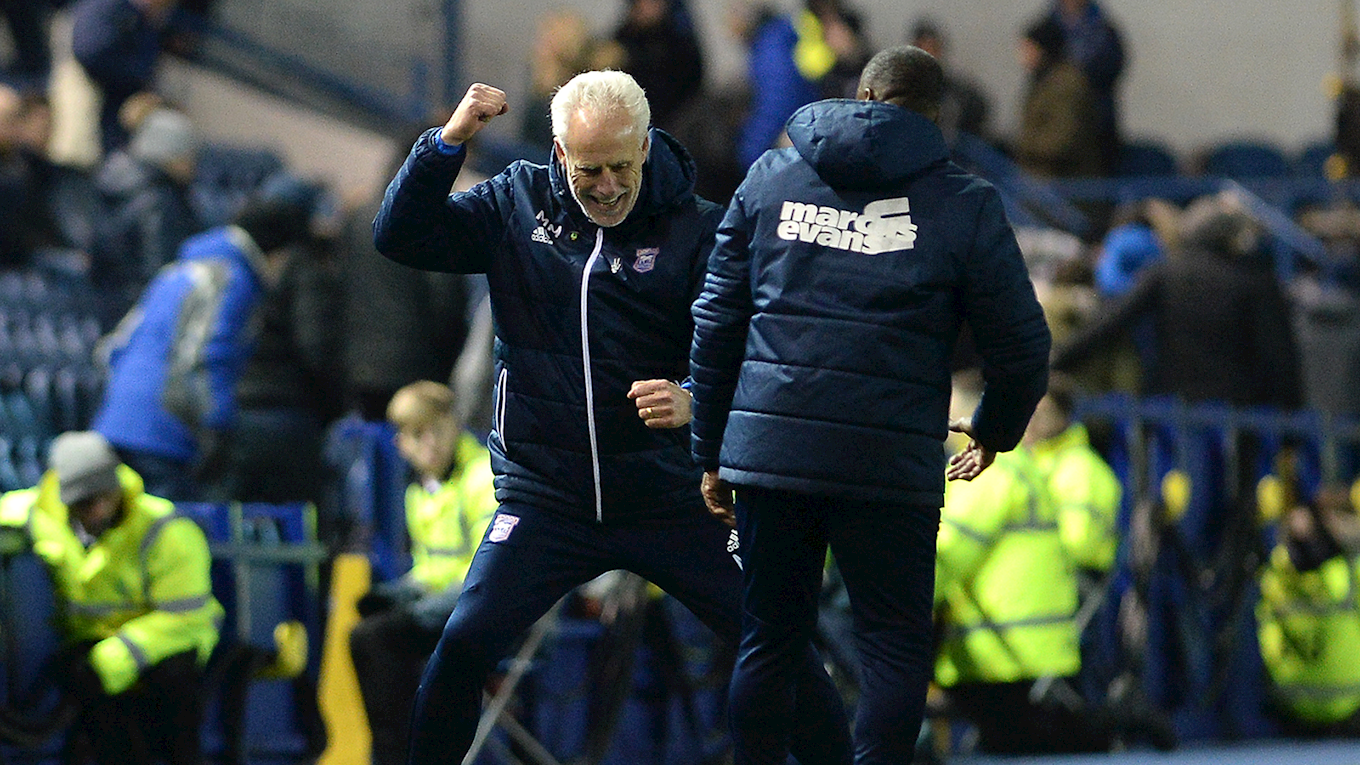 Mick McCarthy: Ipswich Town manager leaves club before planned departure